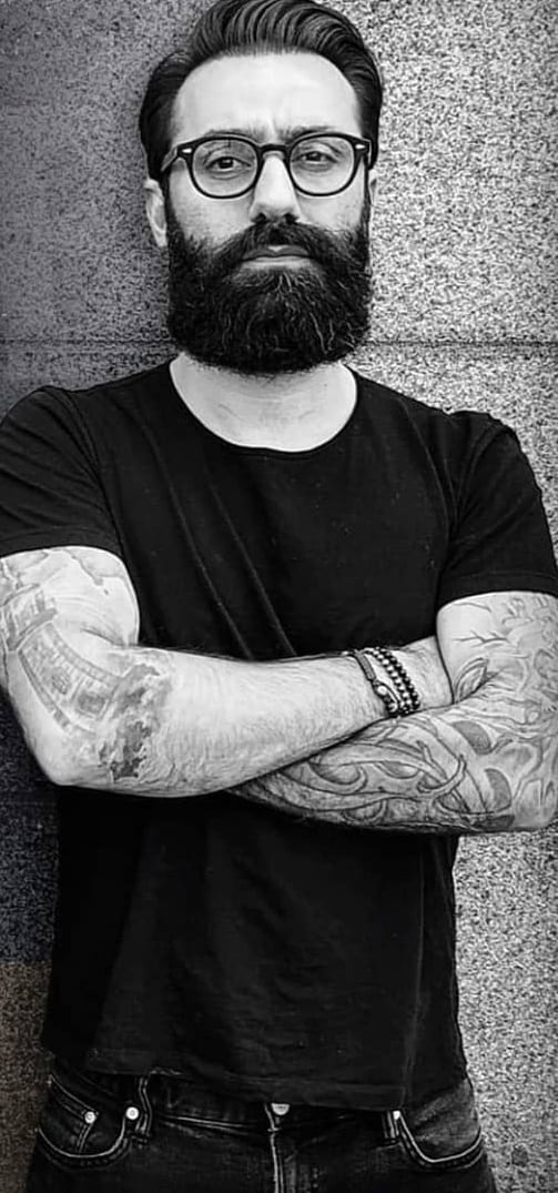 5 Simple & Quick Steps To Get The Full Bearded Look