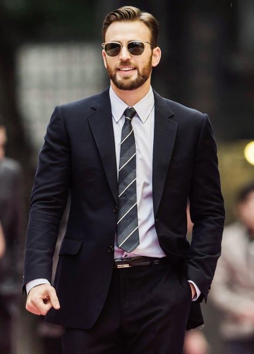 chris-evan-soul-patch-with-stubble-beard.
