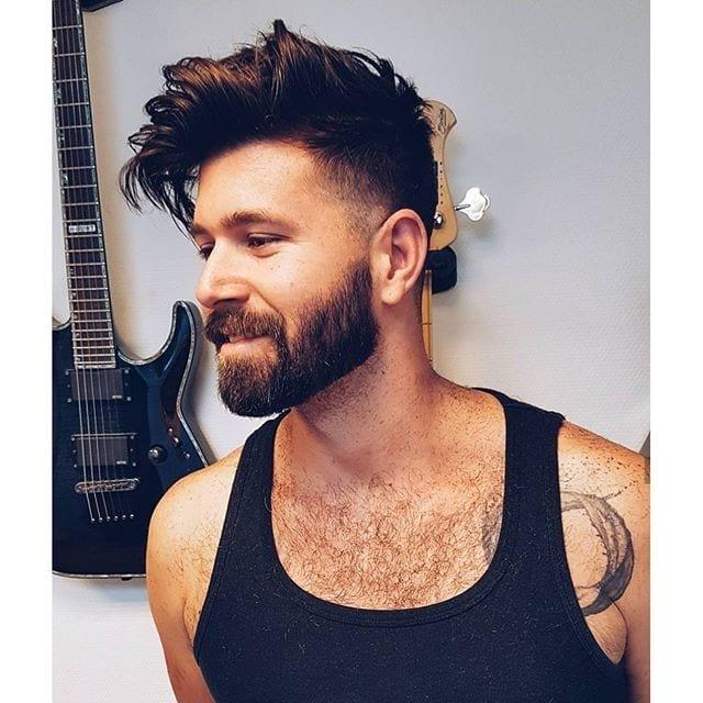 neckline beard