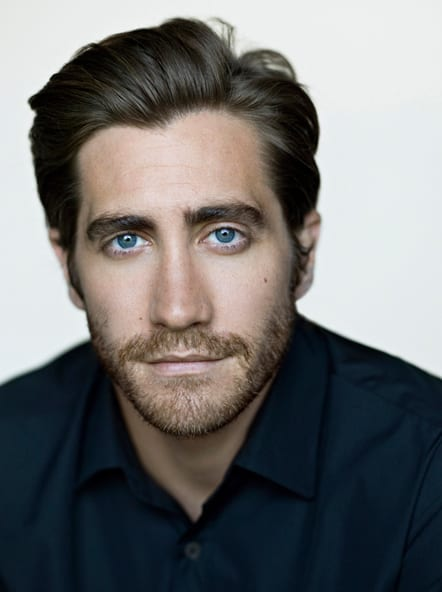 jake-gyllenhaal-medium-beard-medium-stubble