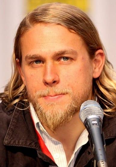 Extended Goatee Beard Style For Men.