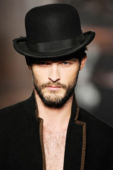 short-beard-with-hat