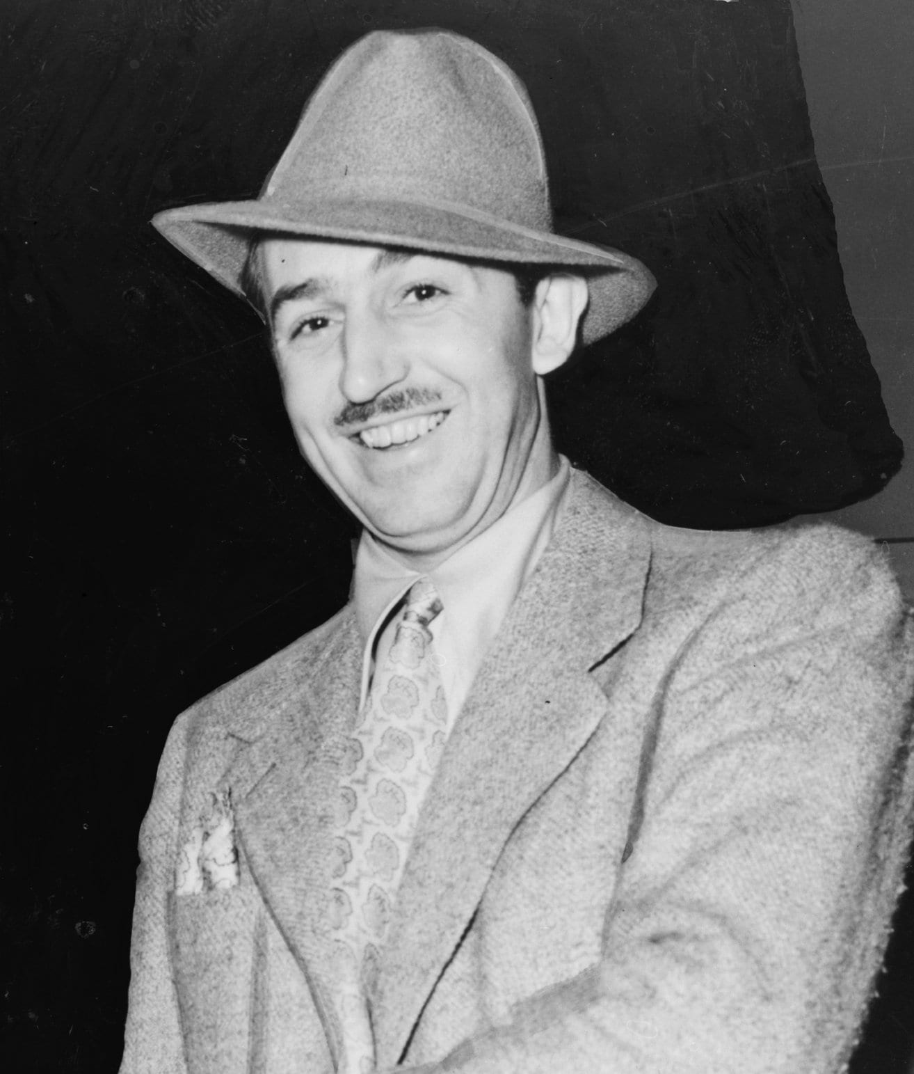 walt-disney-english-moustache-celebs-style