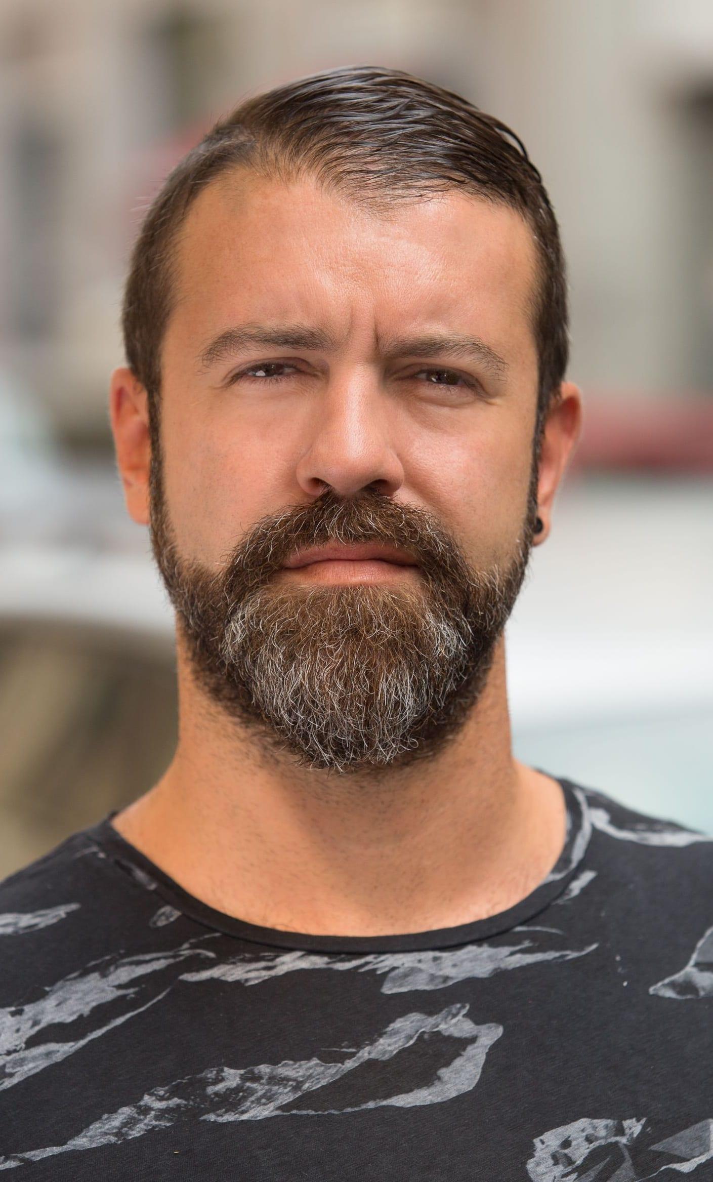 Black T-shirt,Extended Goatee beard for men