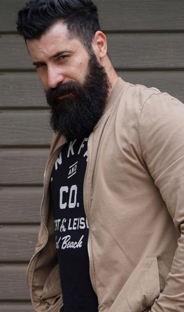 Classic Full Beard Style that cant be ignored