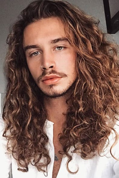 Excellent Curly Hair 14 Beard Looks For Men Who Have Curly Hair Natural Hairstyles Runnerswayorg
