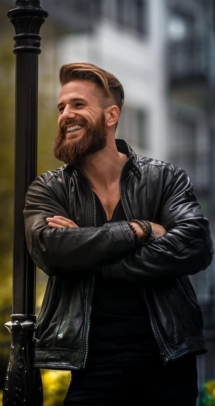 Long Hair short side with thick beard that create magic