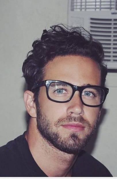 Medium Stubble Style beard for men