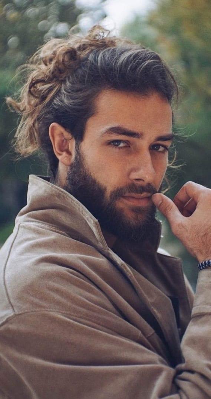 Messy-Man-Bun-and-Beard-Look-for-men