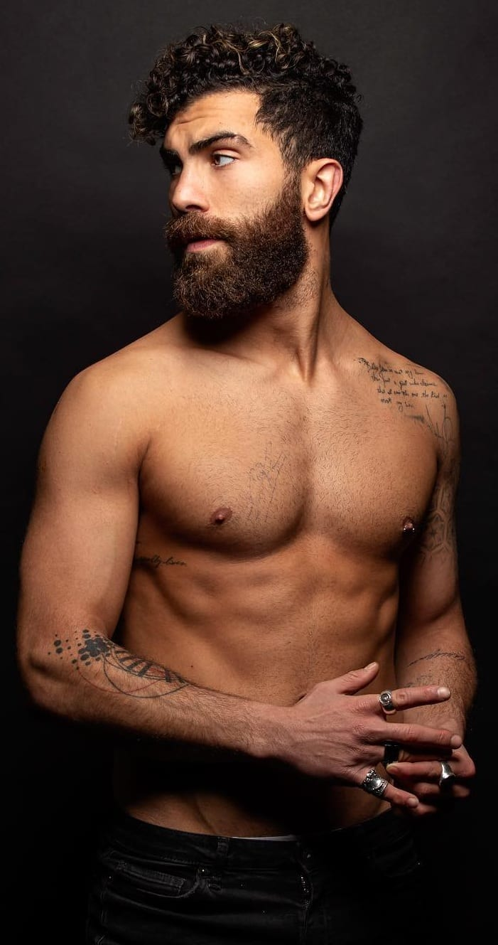 Sexy thick and popular beard styles for men