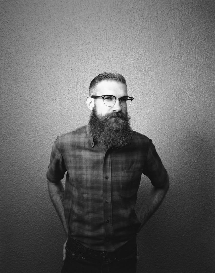 bandholz-beard-with-cheks-shirt