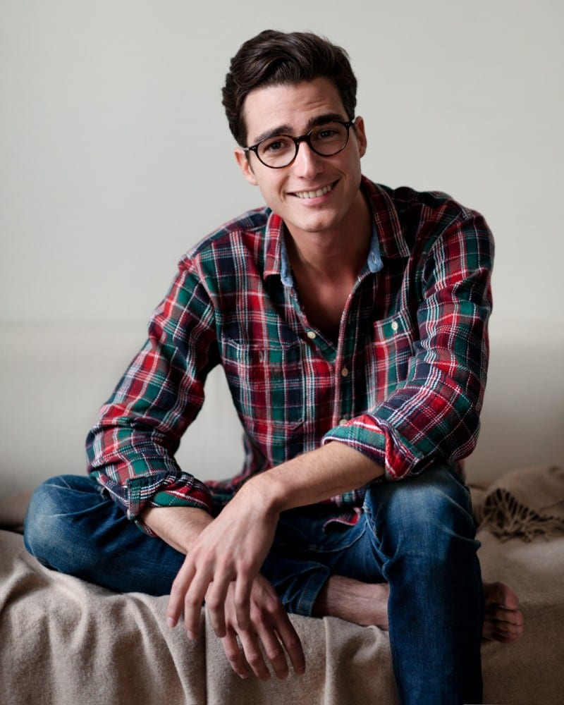 clean-shave-with-specs