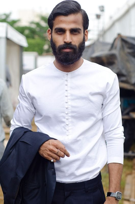 full-beard-with-simple-hair-and-white-shirt
