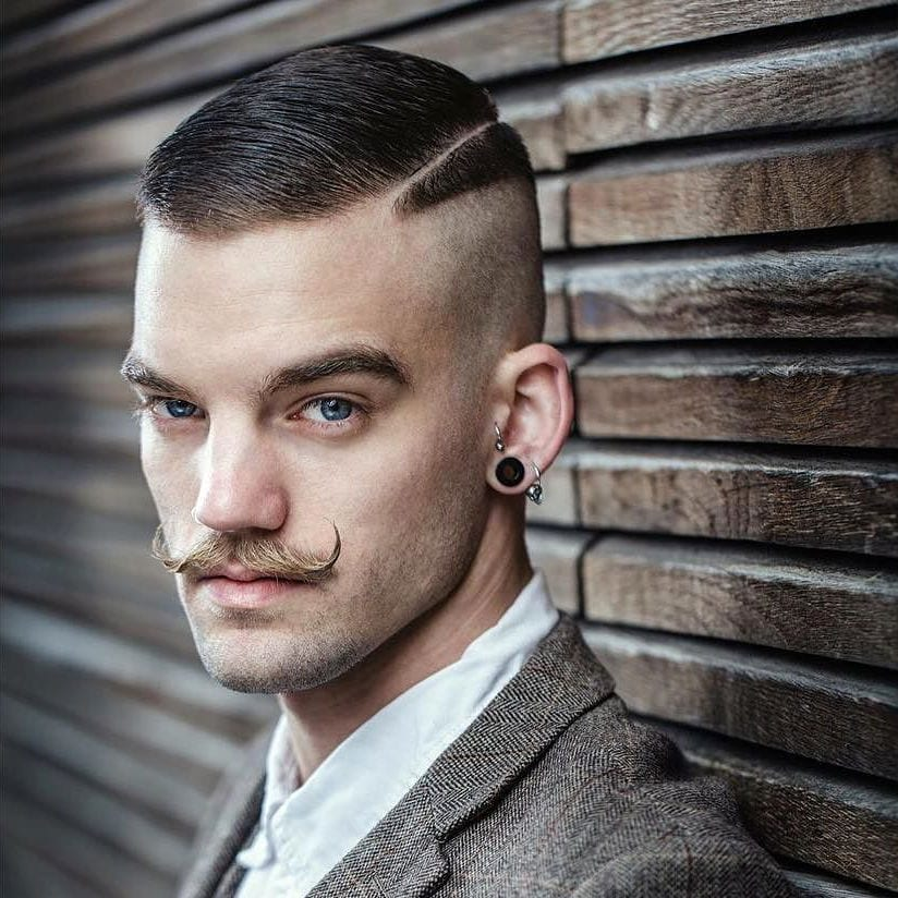 handlebar-moustache-men-bearded-men
