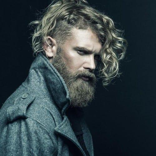 long-curly-hair-with-bandholz-beard