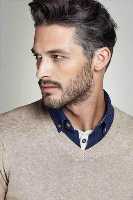 medsium-stubble-beard-with-medium-hair