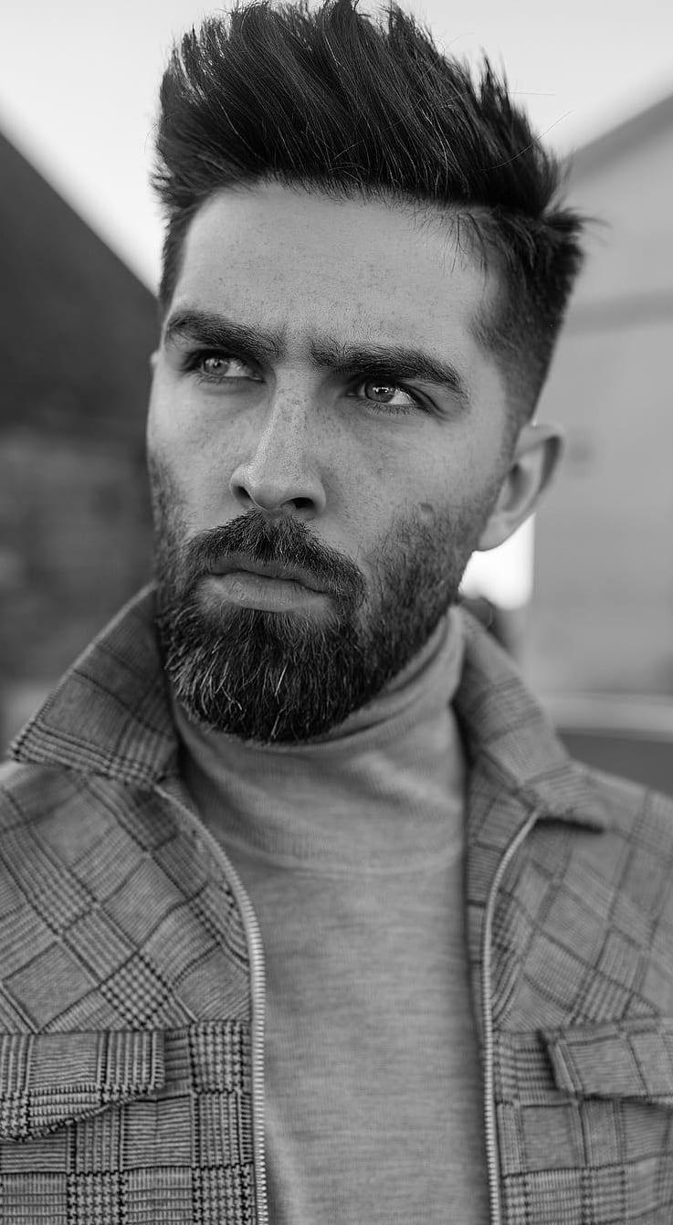 Stubble medium beard style for men in 2019